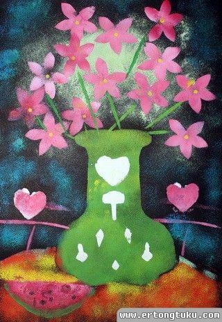 儿童版画-瓶花