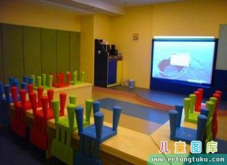 高档国际幼儿园教室布置图片
