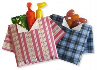 折纸衬衫形状的糖果盒和步骤图解